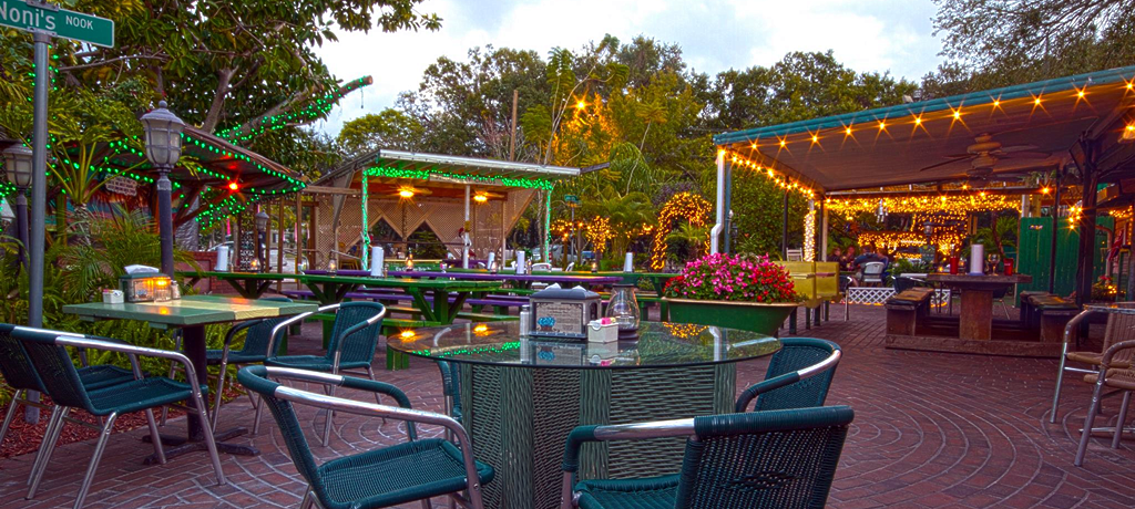 Local Favorite Outdoor Oasis The Chattaway St Petersburg